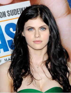Exquisite Black Long Wavy 28 inch Without Bangs Alexandra Daddario Wigs